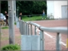 Auch der Zaun um den Ascheplatz ist nur gesteckt und schnell abgebaut.