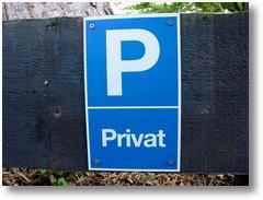 privatparkplatz-schild